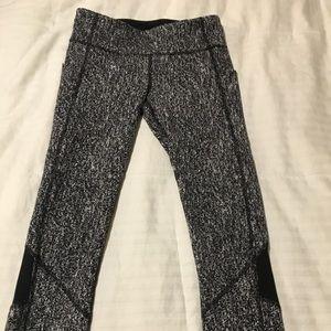 Lululemon 7/8 leggings size 6